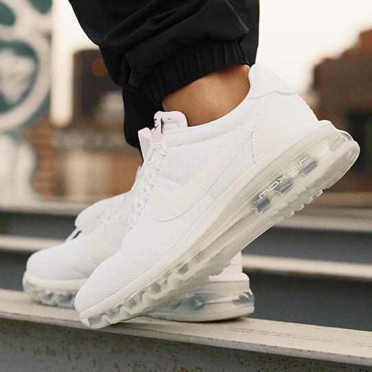Nike Wmns Air Max LD-Zero
