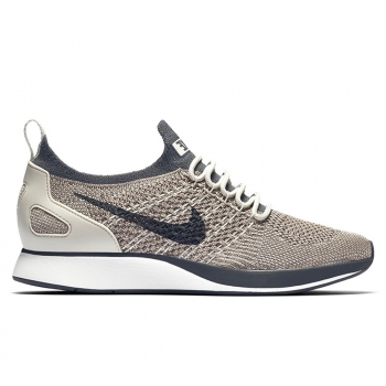 Women's Nike Air Zoom Mariah Flyknit Racer Shoe