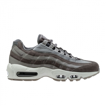 Women's Nike Air Max 95 LX Shoe