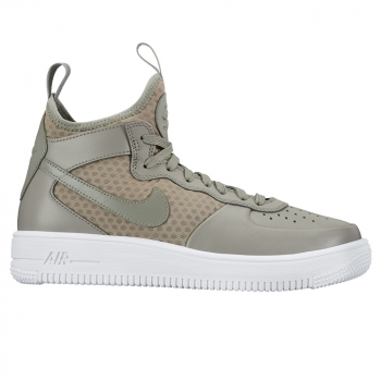 Women's Nike Air Force 1 Ultraforce Mid-Top Shoe